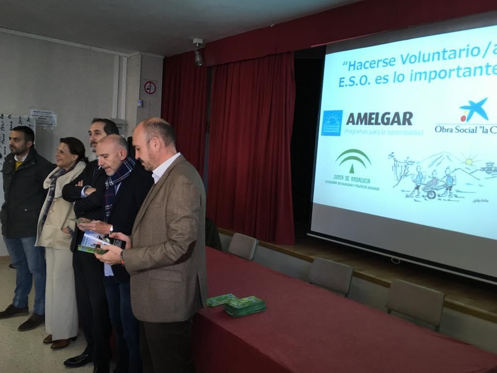 La Campaña de Sensibilización hacia el Voluntariado AMELGAR 2017 comienza en el IES Valle del Azahar de Cártama